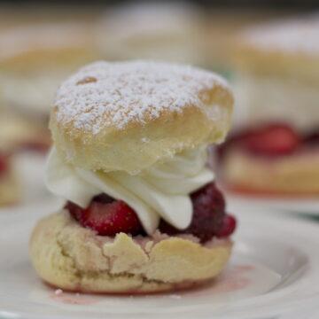 Strawberry shortcake recipe by Edible Times