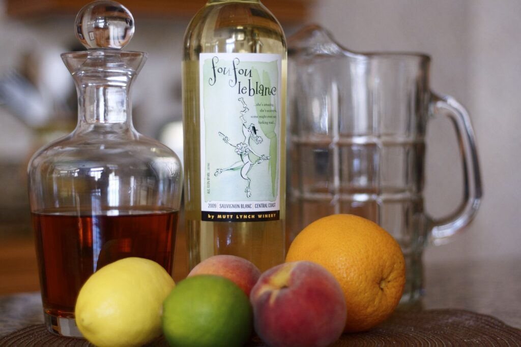 The best white sangria recipe from the chef+mom at Edible Times