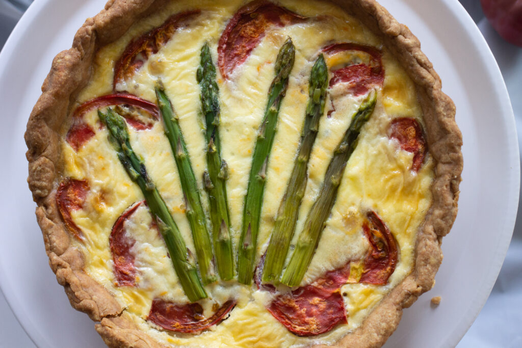 Tomato and asparagus quiche from Edible Times