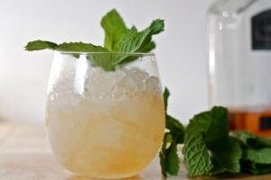 Mint julep recipe from the chef+mom at Edible Times