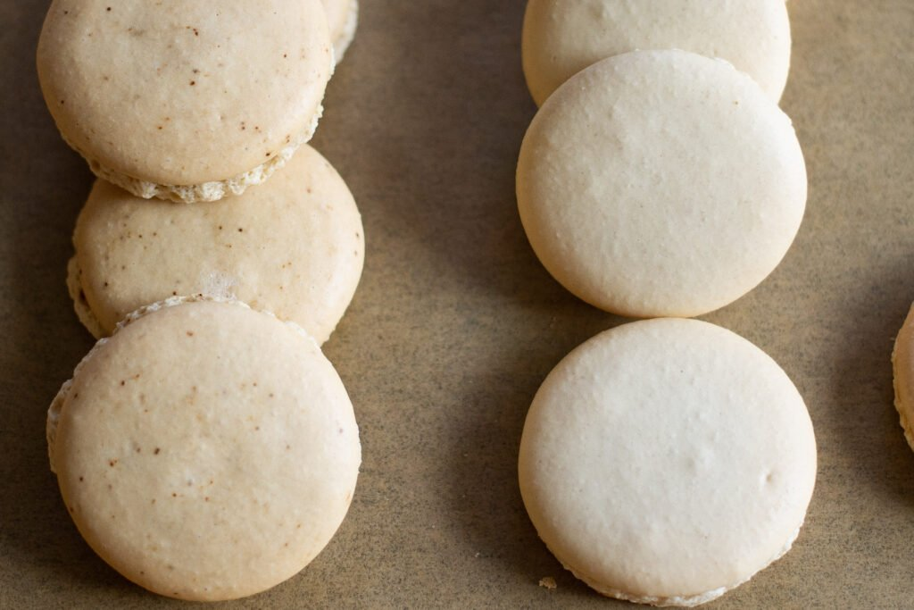 Two ways to make coffee macarons by Edible Times