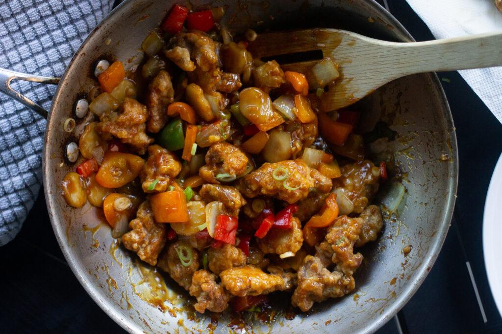 Orange chicken stir-fry recipe in pan, Edible Times